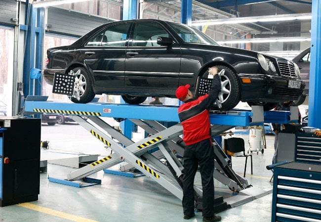 Kế toán dịch vụ sửa chữa ô tô: Nội dung công việc và cách hạch toán